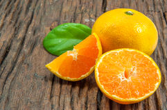 φρέσκα πορτοκάλια Στοκ Φωτογραφίες
