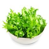 Φρέσκα πράσινα φύλλα σαλάτας μαρουλιού που απομονώνονται στο άσπρο υπόβαθρο Στοκ εικόνες με δικαίωμα ελεύθερης χρήσης
