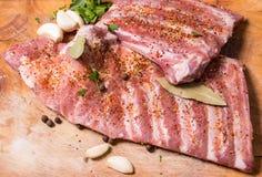 Φρέσκα πλευρά potk που μαρινάρονται για BBQ Στοκ φωτογραφία με δικαίωμα ελεύθερης χρήσης