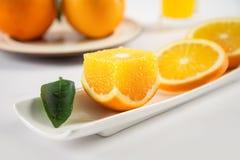 Φρέσκα φρούτα πορτοκαλιών ομφαλών juicy και γλυκά Στοκ Εικόνα