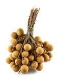 Φρέσκα φρούτα Longans που απομονώνονται στο λευκό στοκ εικόνες με δικαίωμα ελεύθερης χρήσης