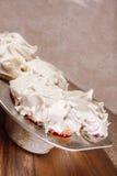 Φρέσκα ψημένα muffins, τηγάνι Στοκ Εικόνα