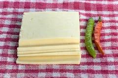 Φρέσκα homegrown πιπέρι και τυρί στοκ εικόνα