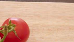 φρέσκες οργανικές ντομάτ&eps απόθεμα βίντεο