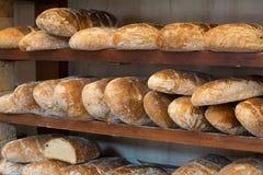 Φρέσκες φραντζόλες ψωμιού στοκ εικόνες με δικαίωμα ελεύθερης χρήσης