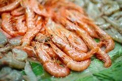 Φρέσκια ακατέργαστη καρκινοειδής γαρίδα θαλασσινών στοκ εικόνες