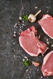 Φρέσκια, ακατέργαστη μπριζόλα βόειου κρέατος Στοκ Εικόνες