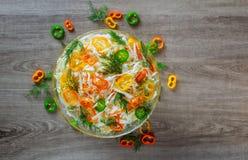 Φρέσκια ακατέργαστη φυτική μικτή σαλάτα Στοκ εικόνα με δικαίωμα ελεύθερης χρήσης