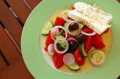 Φρέσκια ελληνική σαλάτα Στοκ φωτογραφία με δικαίωμα ελεύθερης χρήσης