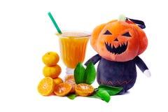 Φρέσκια κινεζική πορτοκαλιά περικοπή και χυμός από πορτοκάλι στοκ εικόνα με δικαίωμα ελεύθερης χρήσης