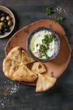 Φρέσκια λιβανέζικη εμβύθιση τυριών κρέμας Labneh στοκ φωτογραφία με δικαίωμα ελεύθερης χρήσης