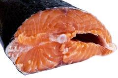 Φρέσκια μπριζόλα σολομών που απομονώνεται στο άσπρο υπόβαθρο Κόκκινη μπριζόλα ψαριών σολομών Μεγάλος σωρός της μπριζόλας πεστροφώ Στοκ εικόνες με δικαίωμα ελεύθερης χρήσης