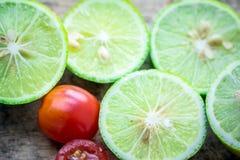 Φρέσκια ντομάτα λεμονιών Στοκ εικόνα με δικαίωμα ελεύθερης χρήσης