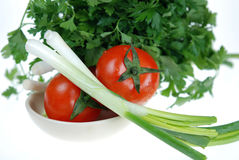 φρέσκια ντομάτα μαϊντανού κρεμμυδιών στοκ εικόνα