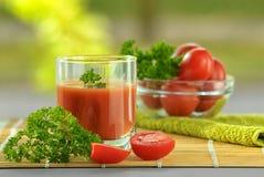 φρέσκια ντομάτα χυμού Στοκ Εικόνες