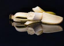 Φρέσκια ξεφλουδισμένη μπανάνα 3 στοκ εικόνα με δικαίωμα ελεύθερης χρήσης