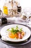 Φρέσκια σαλάτα με τη μοτσαρέλα και tangerine Στοκ Εικόνες