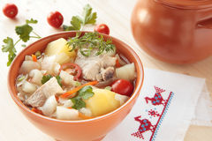 φρέσκια σούπα λάχανων μπέϊκον Στοκ φωτογραφίες με δικαίωμα ελεύθερης χρήσης