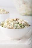 φρέσκια σπιτική σαλάτα πατατών στοκ εικόνα