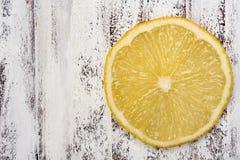 φρέσκια φέτα λεμονιών κίτρινη Στοκ Εικόνα