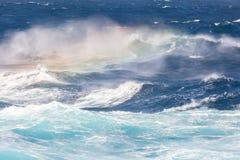 Φρέσκοι παφλασμοί των κυμάτων θάλασσας Στοκ Φωτογραφία