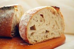 φρέσκος αγροτικός ψωμιο Στοκ Φωτογραφίες