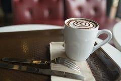Φρέσκος και καυτός καφές Στοκ φωτογραφία με δικαίωμα ελεύθερης χρήσης