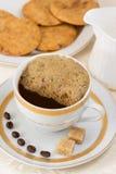 Φρέσκος καφές με την κρέμα Στοκ φωτογραφία με δικαίωμα ελεύθερης χρήσης