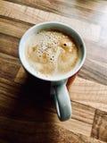 Φρέσκος καφές στην κούπα Στοκ φωτογραφίες με δικαίωμα ελεύθερης χρήσης