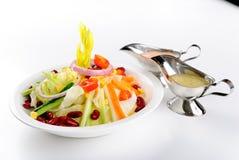 φρέσκος πίνακας σαλάτας &kap Στοκ Εικόνα
