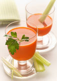 φρέσκος χυμός καρότων στοκ φωτογραφία