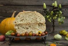 φρέσκο ευώδες σπιτικό ψωμί Στοκ Εικόνες