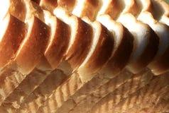 φρέσκο λευκό φετών ψωμιού Στοκ Φωτογραφίες