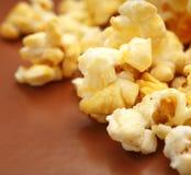 Φρέσκο νόστιμο popcorn Στοκ φωτογραφία με δικαίωμα ελεύθερης χρήσης