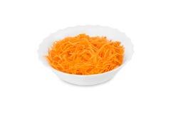 Φρέσκο ξυμένο καρότο στο πιάτο στοκ φωτογραφία με δικαίωμα ελεύθερης χρήσης