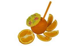 Φρέσκο πορτοκάλι ως φυσική έννοια χυμού Πορτοκαλί κοκτέιλ με tubule και την ομπρέλα στοκ εικόνες με δικαίωμα ελεύθερης χρήσης