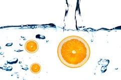 φρέσκο πορτοκαλί ύδωρ άλμ&alph Στοκ φωτογραφίες με δικαίωμα ελεύθερης χρήσης