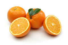 Φρέσκο πορτοκαλί και μισό πορτοκάλι Στοκ Εικόνα
