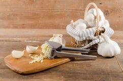 Φρέσκο συντριμμένο σκόρδο Στοκ φωτογραφίες με δικαίωμα ελεύθερης χρήσης