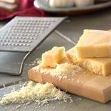 Φρέσκο τυρί παρμεζάνας Στοκ Φωτογραφία