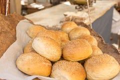 Φρέσκο φυσικό ραμφοειδές ψωμί Στοκ Εικόνες