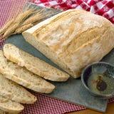 Φρέσκο χειροτεχνικό ψωμί Στοκ φωτογραφία με δικαίωμα ελεύθερης χρήσης