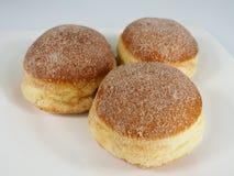 Φρέσκο ψημένο γερμανικό καρναβάλι donuts με τη ζάχαρη στοκ φωτογραφία με δικαίωμα ελεύθερης χρήσης