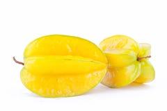 Φρέσκο ώριμο carambola φρούτων αστεριών ή μήλο αστεριών starfruit στα άσπρα τρόφιμα φρούτων αστεριών υποβάθρου υγιή που απομονώνο Στοκ εικόνες με δικαίωμα ελεύθερης χρήσης