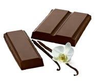 Φραγμοί ή φραγμοί σοκολάτας με τα φασόλια βανίλιας στοκ φωτογραφία