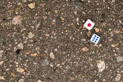Φραγμοί παιχνιδιών για τις χαρτοπαικτικές λέσχες στην άσφαλτο Στοκ Φωτογραφίες