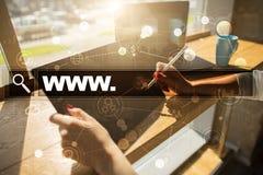 Φραγμός αναζήτησης με το κείμενο www Ιστοχώρος, URL Διαδίκτυο και έννοια τεχνολογίας Στοκ φωτογραφία με δικαίωμα ελεύθερης χρήσης