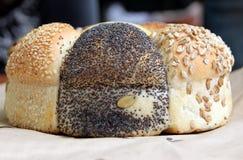 Φραντζόλα του σπαρμένου ψωμιού speicality Στοκ φωτογραφία με δικαίωμα ελεύθερης χρήσης