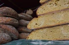 Φραντζόλες του χειροτεχνικού ψωμιού Στοκ Εικόνα