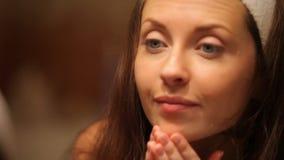 Φροντίδα δέρματος ομορφιάς απόθεμα βίντεο